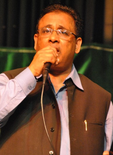 Ghazal By AMU Alumni Khursheed Sahab